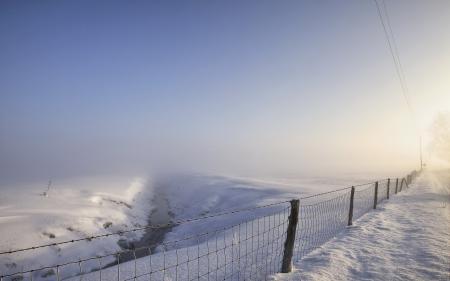 Картинки забор, зима, поле, снег