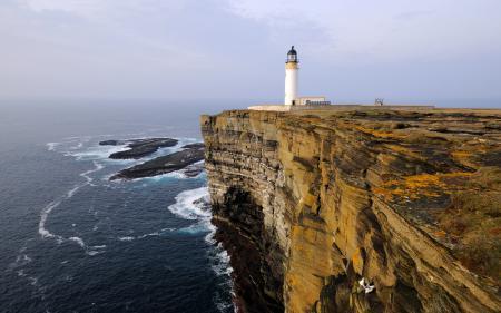 Обои маяк, море, скалы, пейзаж