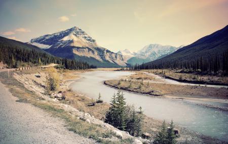 Фото горы, река, лес, дорога