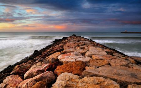 Обои красивые пейзажи, камни, берег, вода