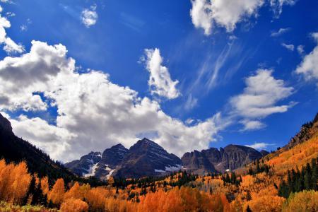 Фотографии осень, лес, горы, небо
