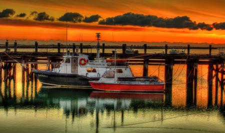 Фотографии море, пирс, катера, закат