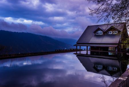 Заставки вечер, дом, вода, пруд