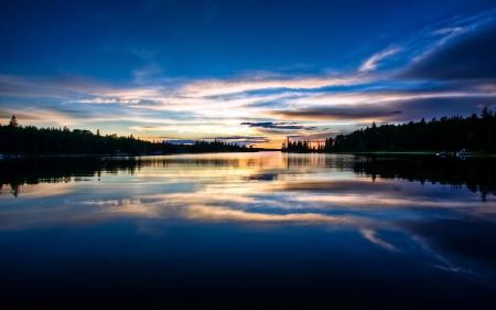 Обои пейзажи, вечер, река, закат