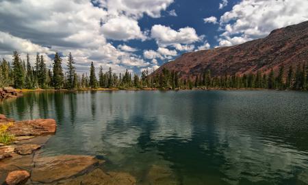 Заставки озеро, гора, лес, облака