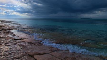 Картинки Берег, камни, вода, небо