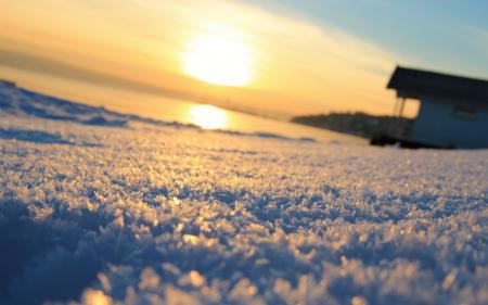 Фото Снег, солнце, горизонт, домик