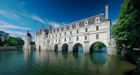 Фото замок, вода, небо, архитектура