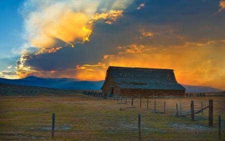Заставки ферма, пастбище, солнце, лучи