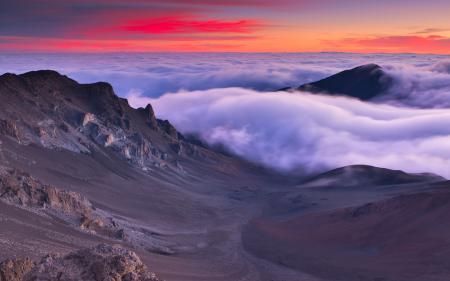Обои View from Haleakalā, Maui, Hawaii, горы