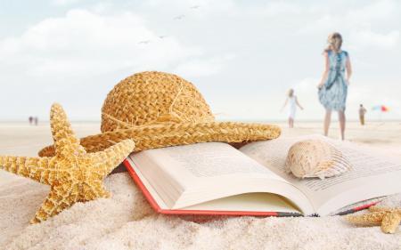 Фото Пляж, книга, шляпа, песок