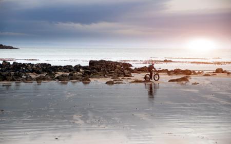 Фото море, небо, велосипед, пейзаж