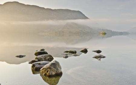 Фотографии пейзаж, озеро, камни, туман
