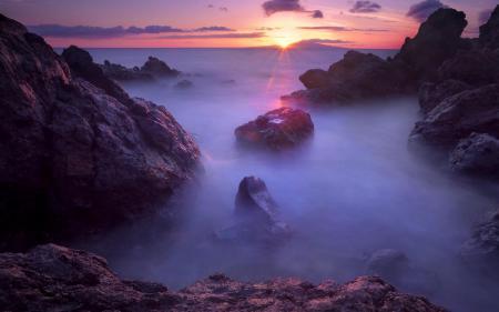 Заставки море, камни, скалы, туман