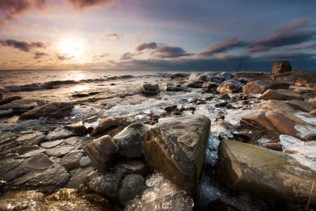 Фотографии закат, море, камни, лёд