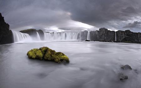 Обои водопад, небо, вода, природа