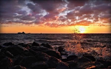 Заставки море, берег, камни, волны