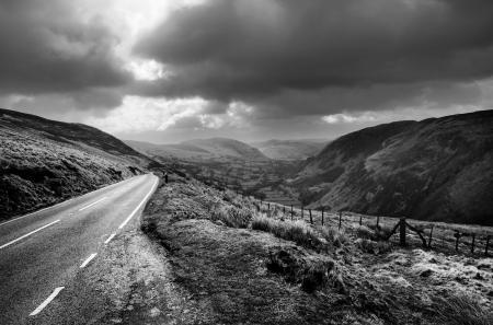 Обои дорога, горы, небо, холмы