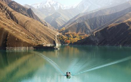 Обои Лодка, вода, залив, горы