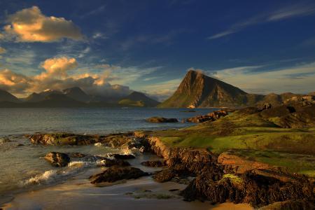 Фотографии море, горы, небо, облака