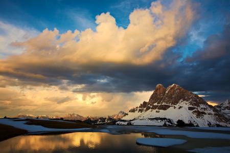 Заставки гора, озеро, небо
