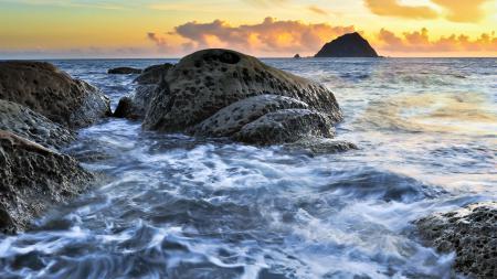 Обои море, камни, пейзаж, природа