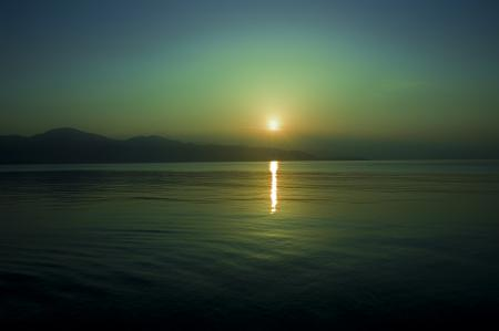 Заставки вода, небо, горизонт, солнце