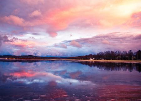 Обои небо, озеро, розово