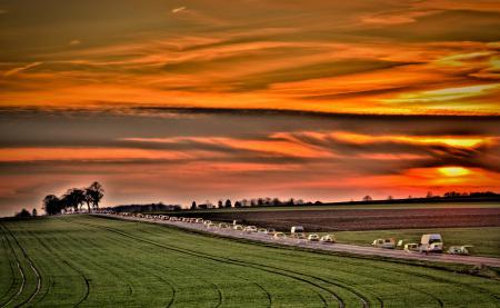 Фото небо, закат, машины, дорога