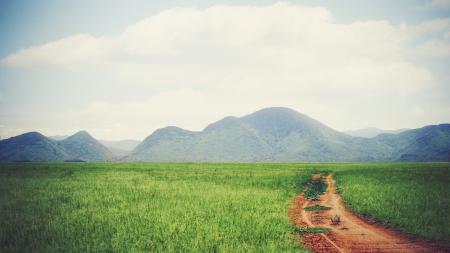 Заставки панорама, тропа, горы, трава