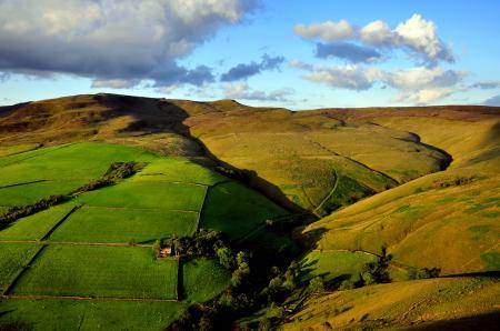 Фото небо, холмы, поля