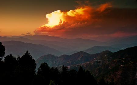 Фото горы, закат, небо, облака