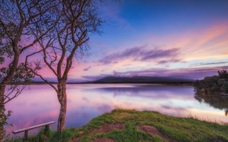 Фото закат, озеро, скамья