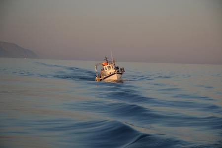 Заставки море, корабль, вечер, небо