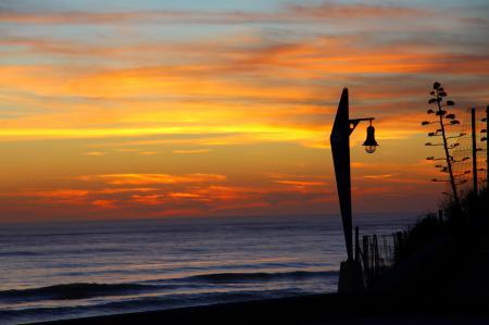 Фото закат, море, лампа