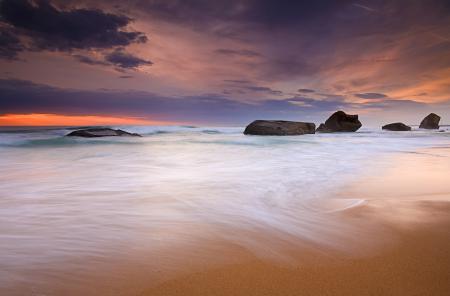 Обои море, пляж, небо, камни