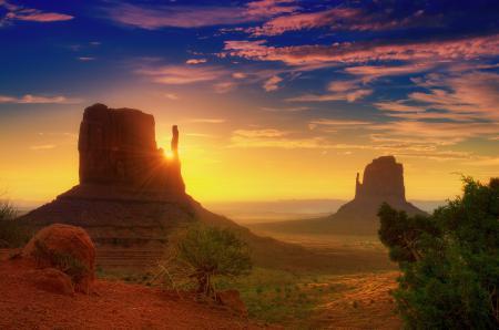 Обои долина монументов, юта, рассвет, лучи