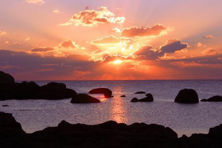 Заставки небо, море, солнце, лучи