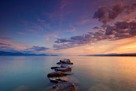Фото небо, облака, камни, вода