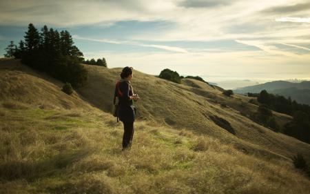 Картинки пейзажи, landscape, девушка, холмы