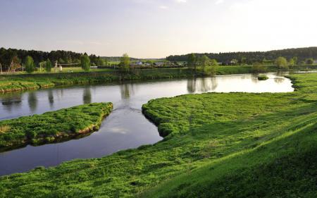 Обои река, трава, зелень, вода