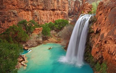 Фото горы, скалы, водопад, озеро