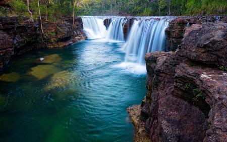 Фотографии водопад, река, скалы, деревья