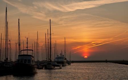 Фото закат, лодки, небо