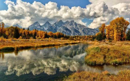 Обои река, горы, осень