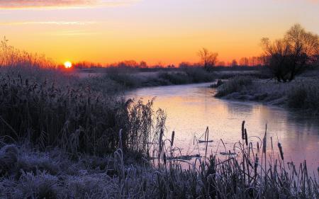 Картинки закат, река, иней