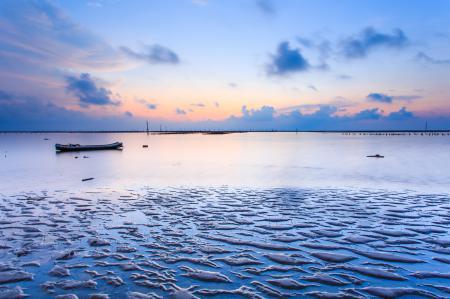 Обои море, мель, лодка, закат