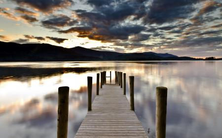 Обои озеро, мост, пейзаж