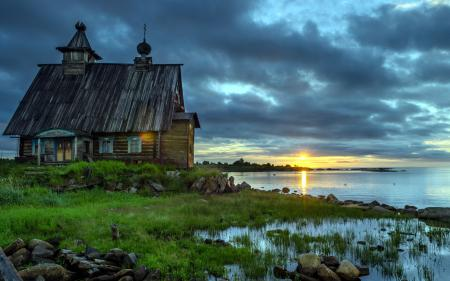 Обои озеро, дом, ночь, пейзаж