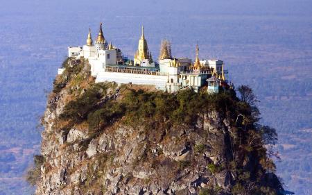 Фотографии Mount Popa Myanmar, храм, скала, высота